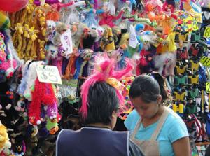 メキシコの市場に出ている屋台 画像2