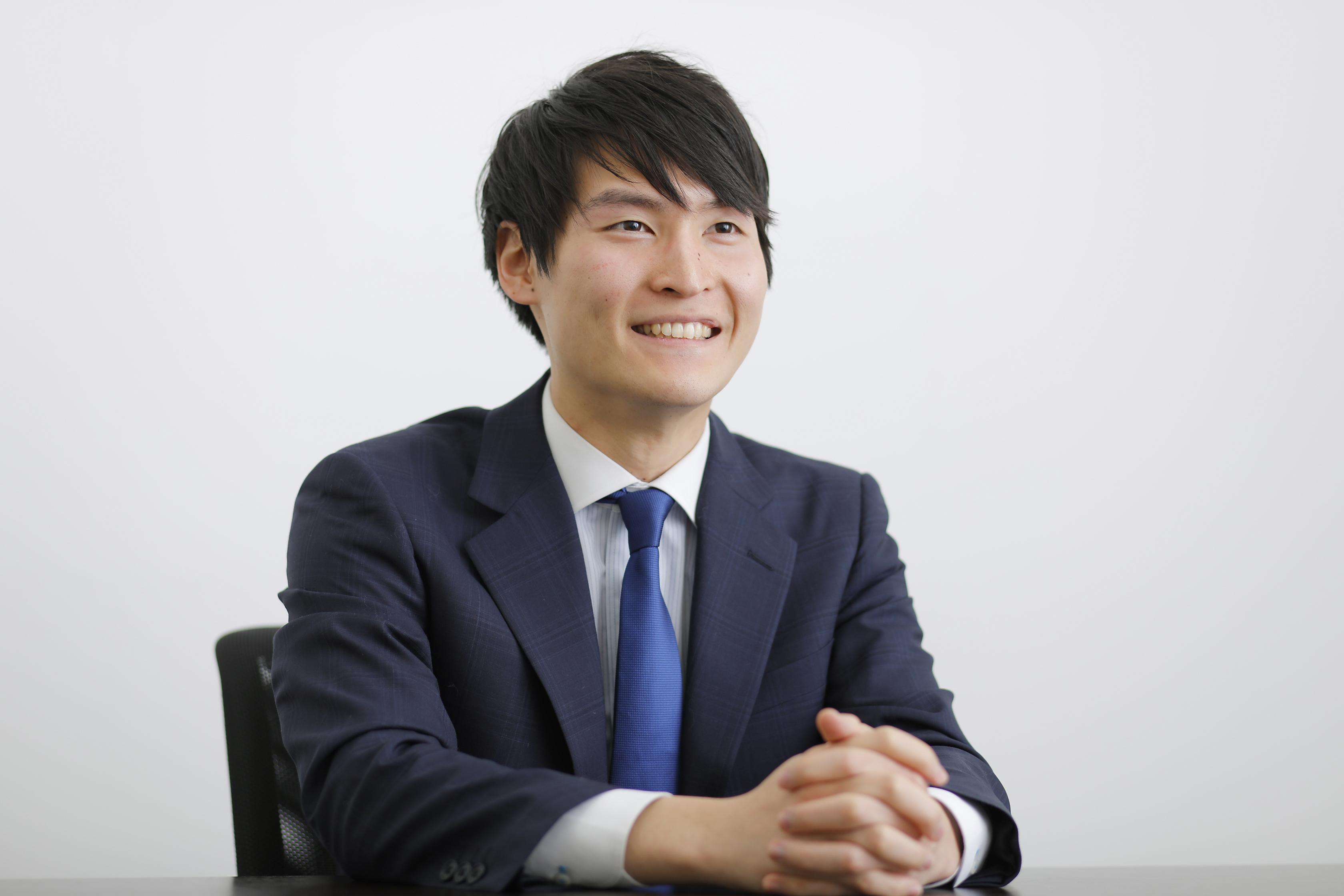 株式会社リクルートキャリア・新卒領域キャリアアドバイザー_青木虹さん_インタビューカット