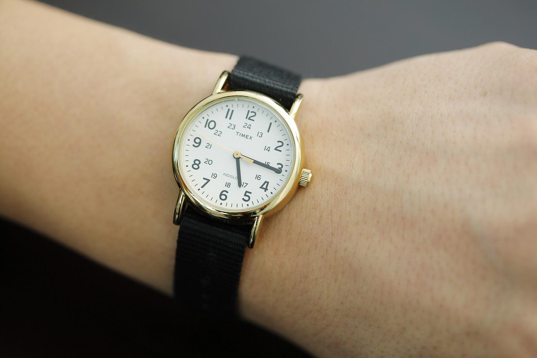 秋のインターンシップに参加した男子学生の時計