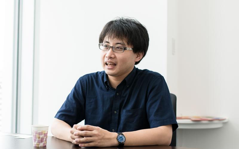 徳久倫康さんインタビューカット