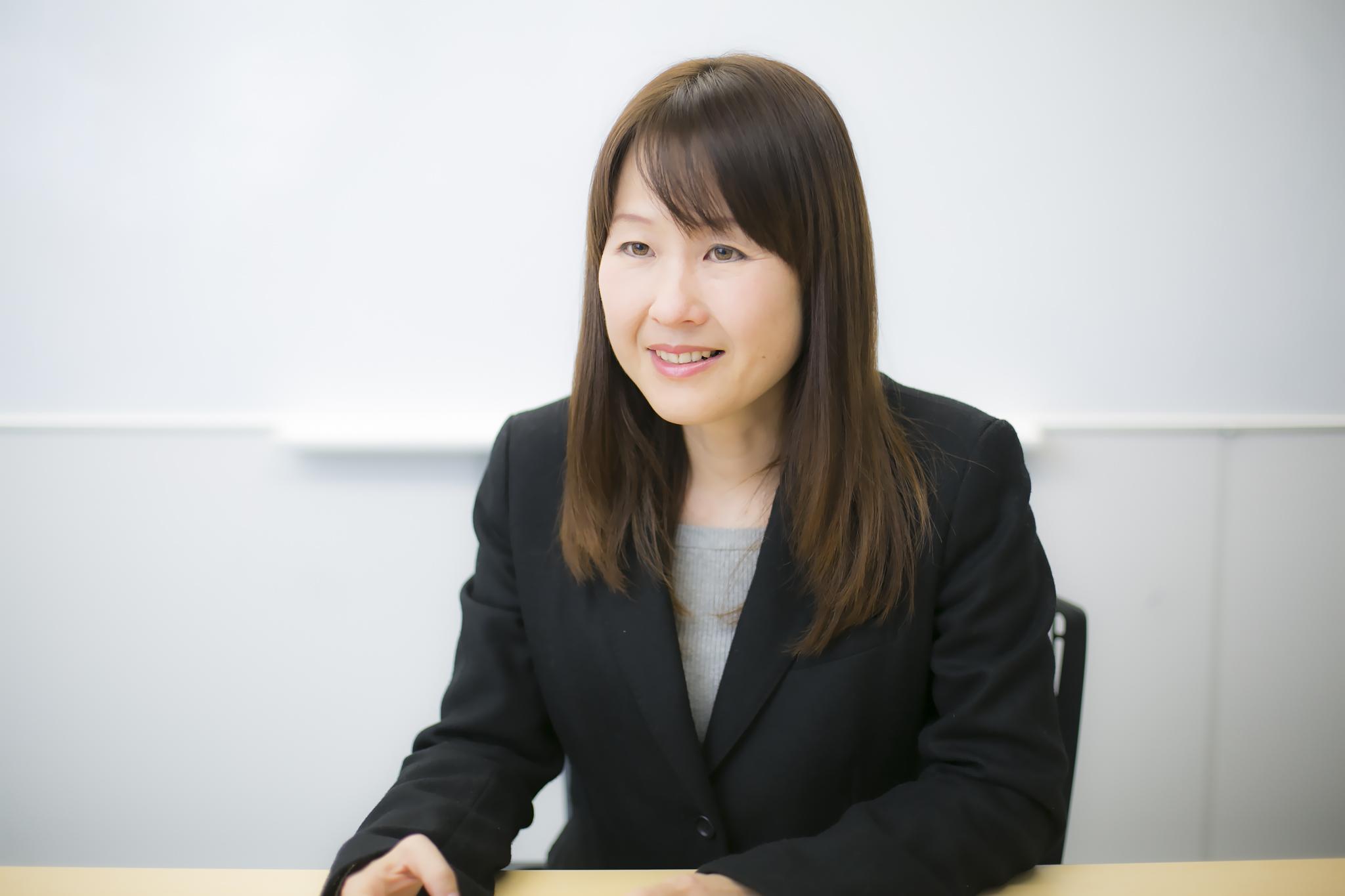 阿部麻貴さんインタビューカット