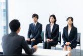 就活の面接で失敗談を聞かれている時のイメージ
